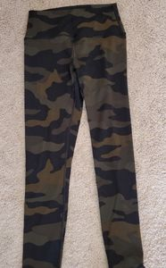 Pink ultimate collection camo leggings